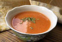 Soupe aux carottes et aux tomates