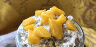 Crème d'avoine à la mangue et à la noix de coco