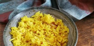 Riz au curcuma et à l'orange