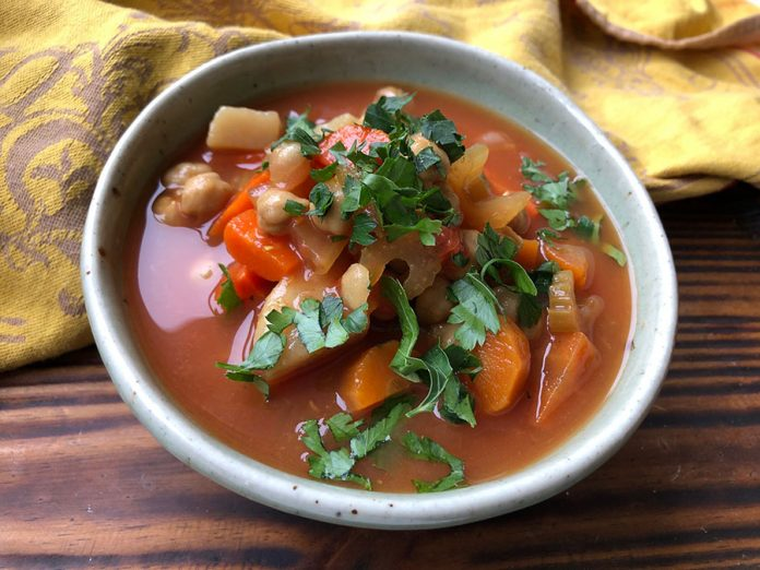 Soupe de pois chiches aux épices