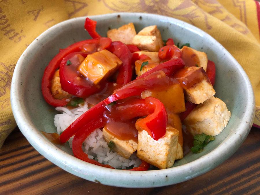 Sauté de tofu et poivrons à l'aigre-douce